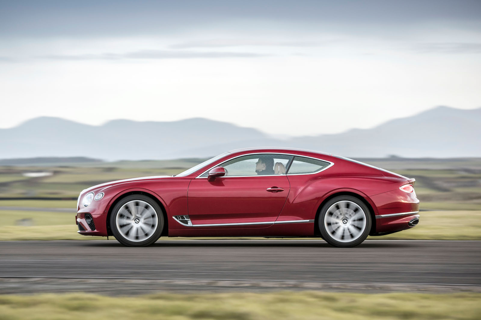 2018 Bentley Continental Gt First Drive Autocar Automotive Circuit Tester 2017 Best Cars Reviews That Still Need Changing So Here We Are In The Features Section Testing An Almost Ready Bentleys W12 Powered 150k Ish Luxury Coup