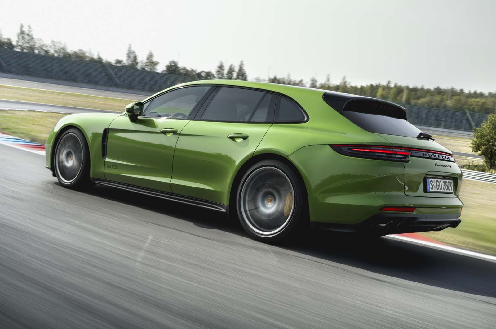 New Porsche Panamera Gts Revealed With Styling And Chassis Upgrades Autocar