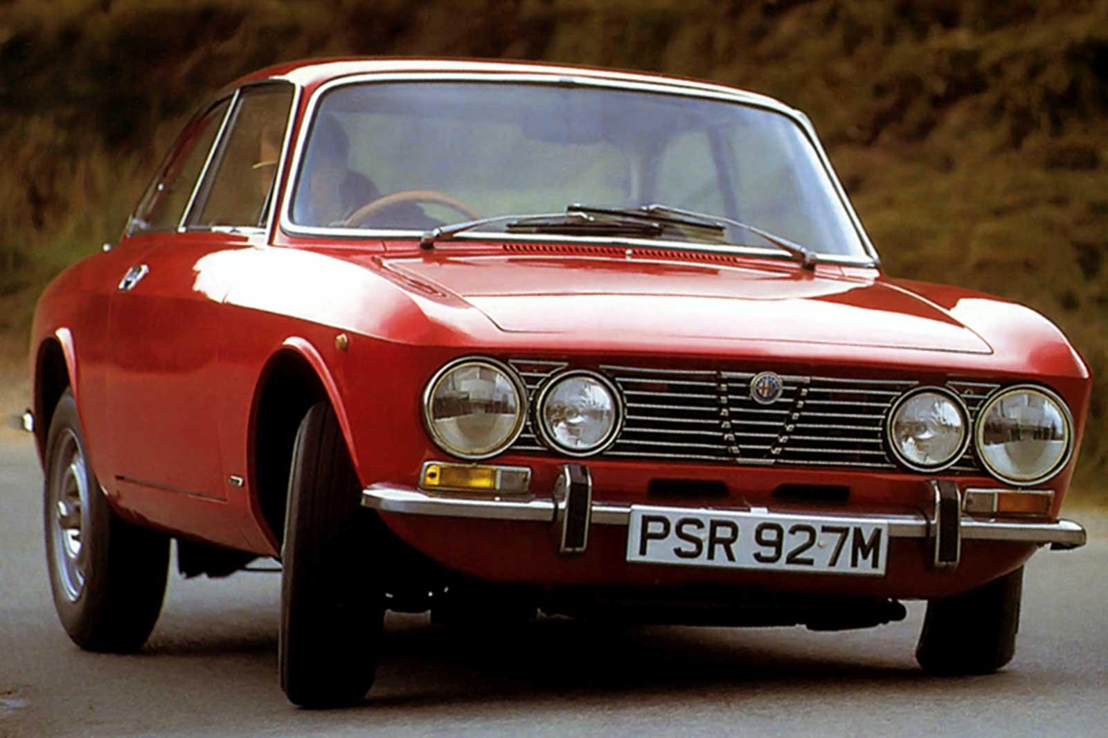 Throwback Thursday 1972: Datsun 240Z vs Alfa Romeo 2000 GTV