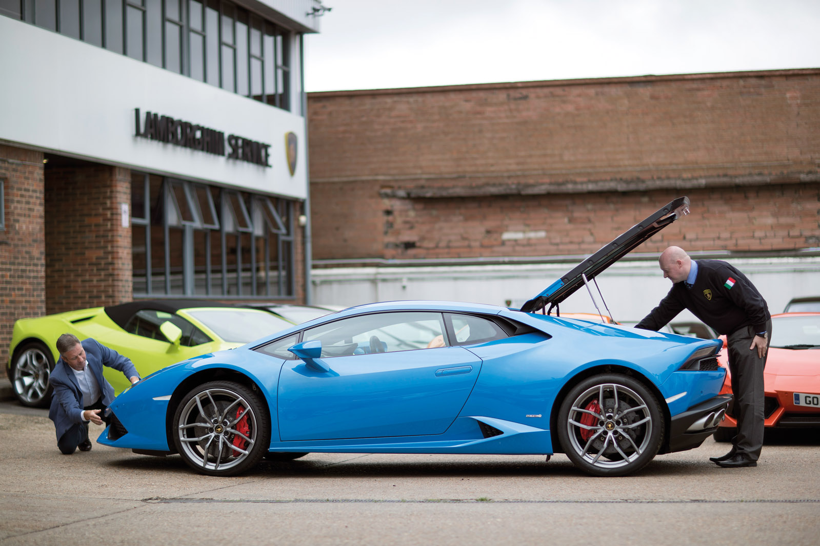 Buying Tips From Experts   Finance Brokers, Dealer And Inspection Engineers  Tell Us The Secrets Of The Used Supercar Market: