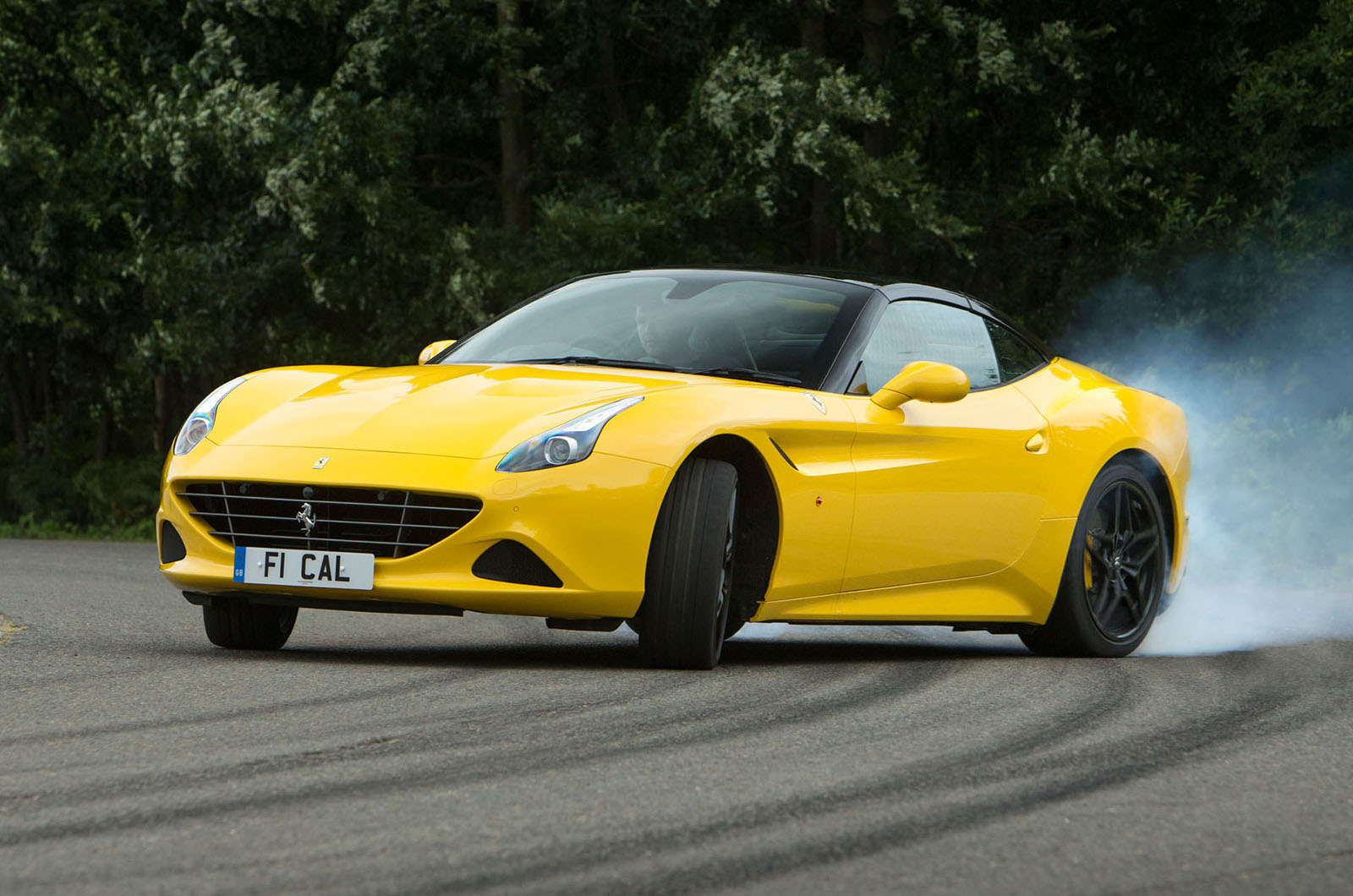 2016 Ferrari California T Handling Speciale UK review ...