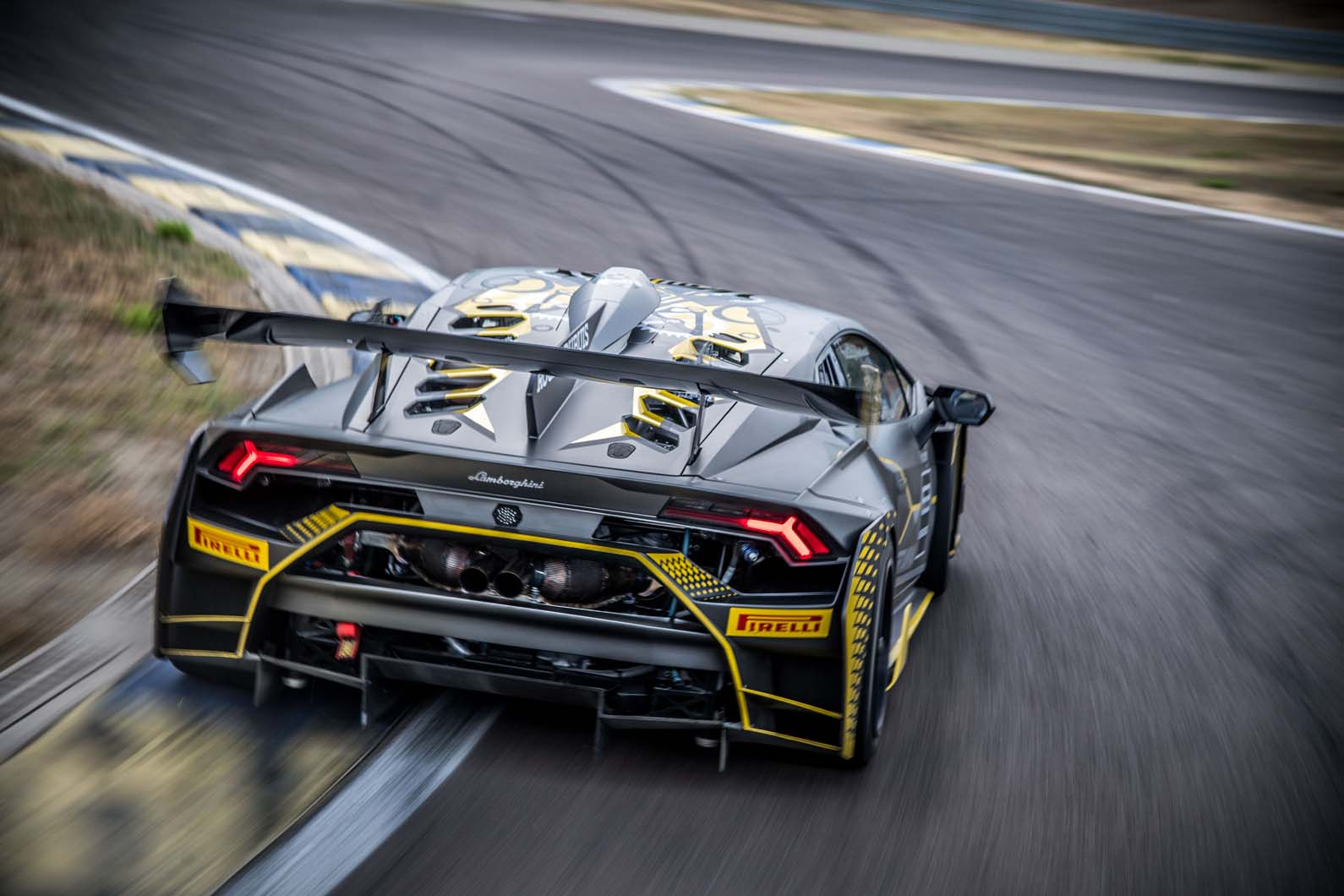 lamborghini huracan super trofeo evo revealed as new gt racer autocar. Black Bedroom Furniture Sets. Home Design Ideas