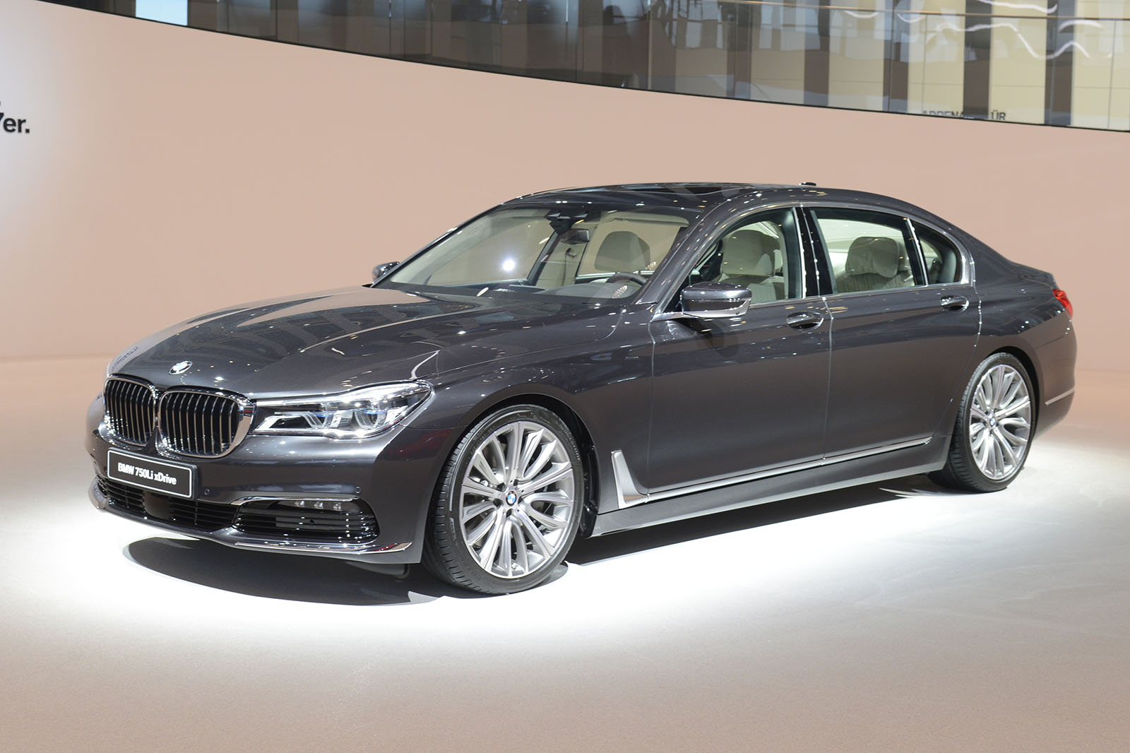 2015 Bmw 7 Series Latest Pictures Reveal Date And Engine Information