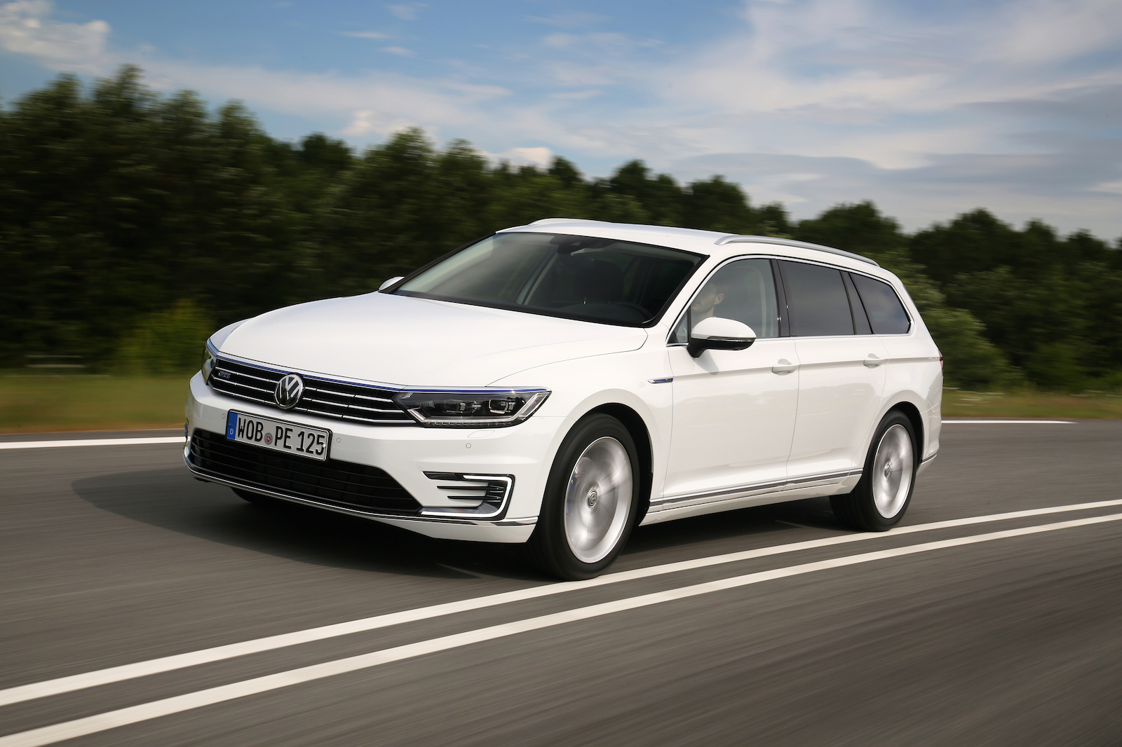 Volkswagen passat review 2017 autocar - Volkswagen Passat Review 2017 Autocar 11