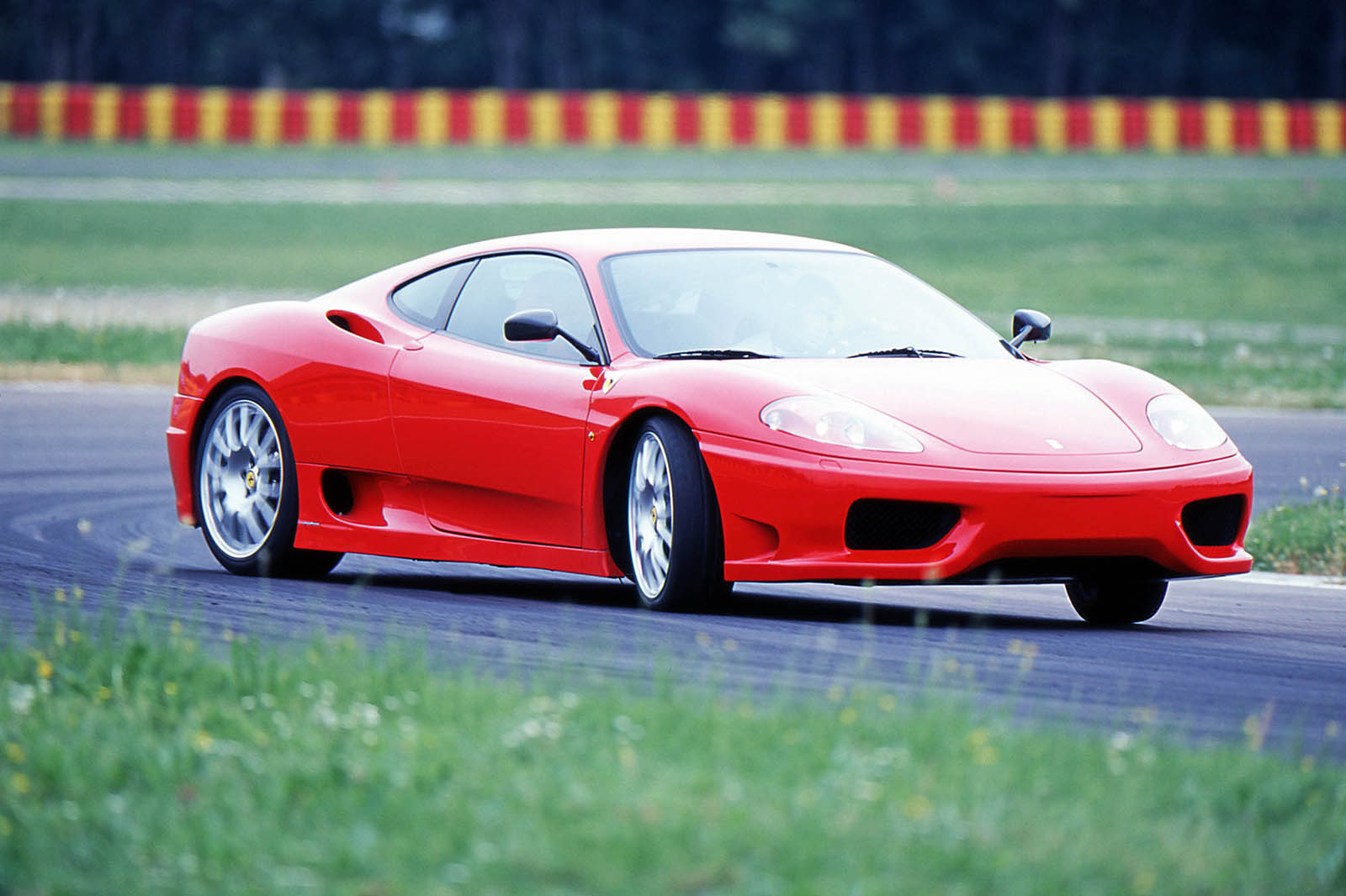 italian_sports_car_0008_01 taciki.ru