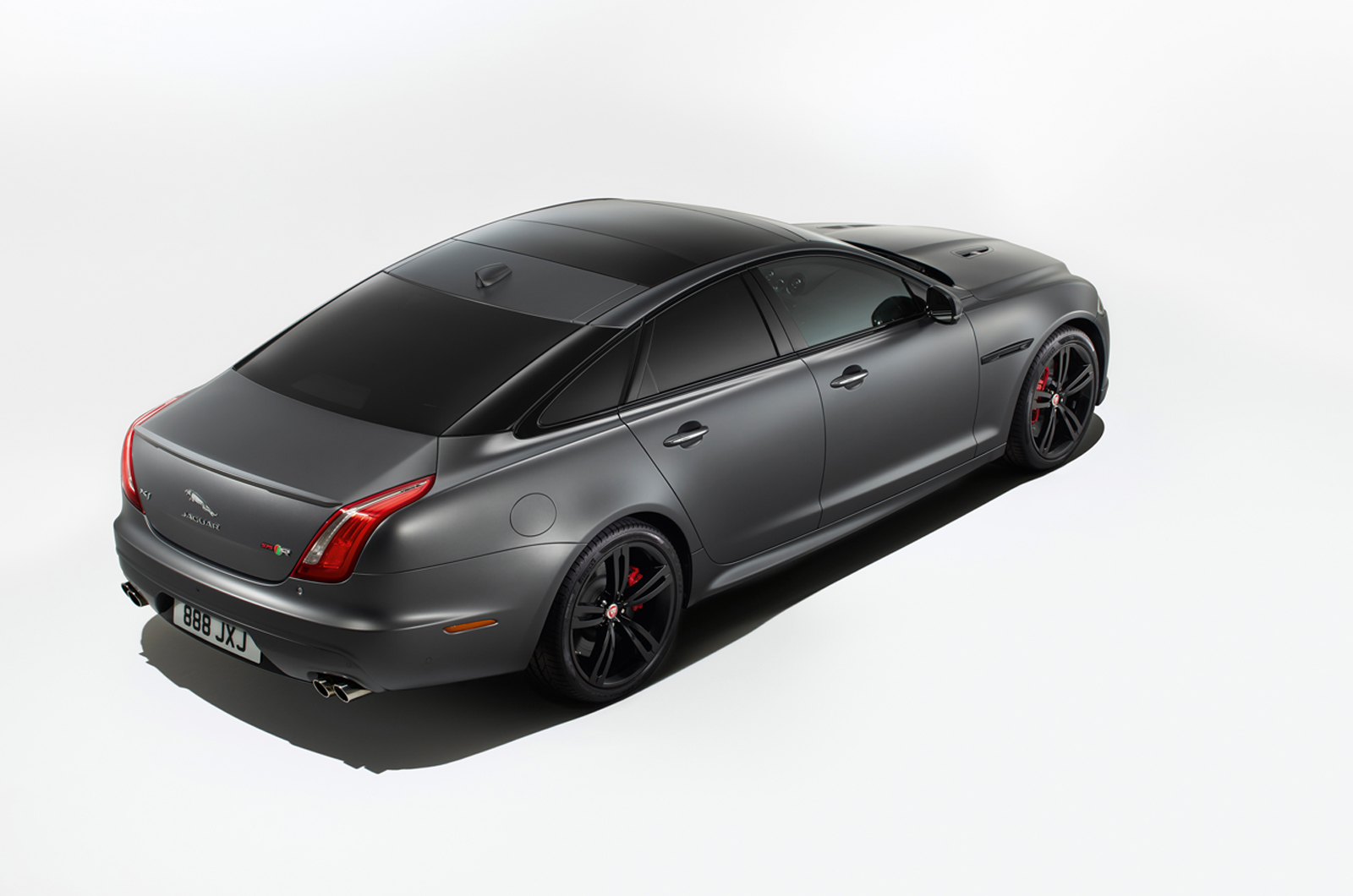 Hot Jaguar XJR575 revealed as brand's most powerful ...