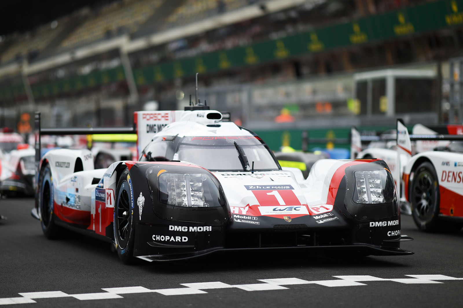 24 hours of le mans the numbers autocar. Black Bedroom Furniture Sets. Home Design Ideas