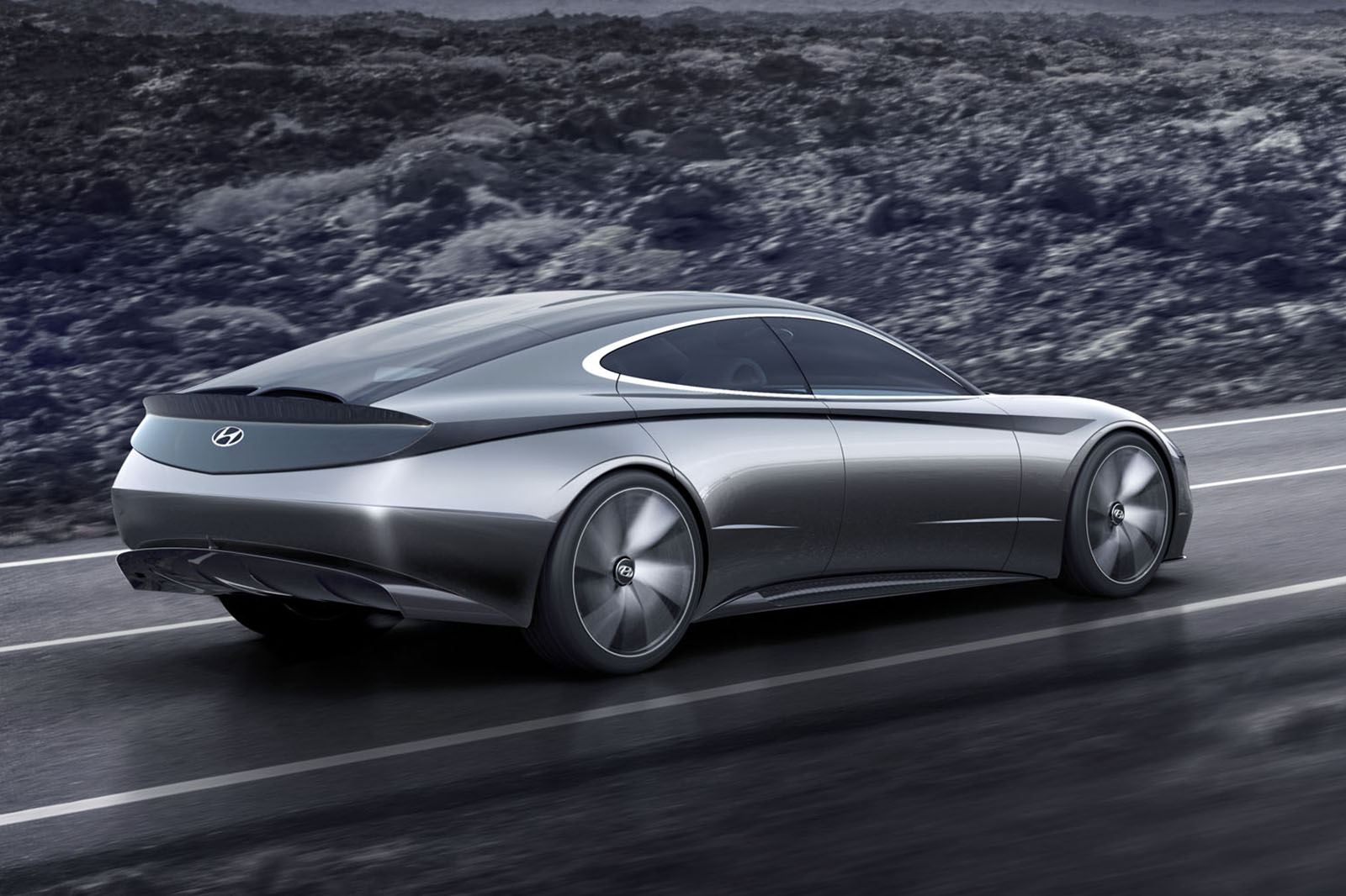 Hyundai le fil rouge concept revealed as blueprint for new design our goal is to build hyundai into a beloved brand by creating vehicles with heightened emotional value said sang yup lee head of styling malvernweather Image collections
