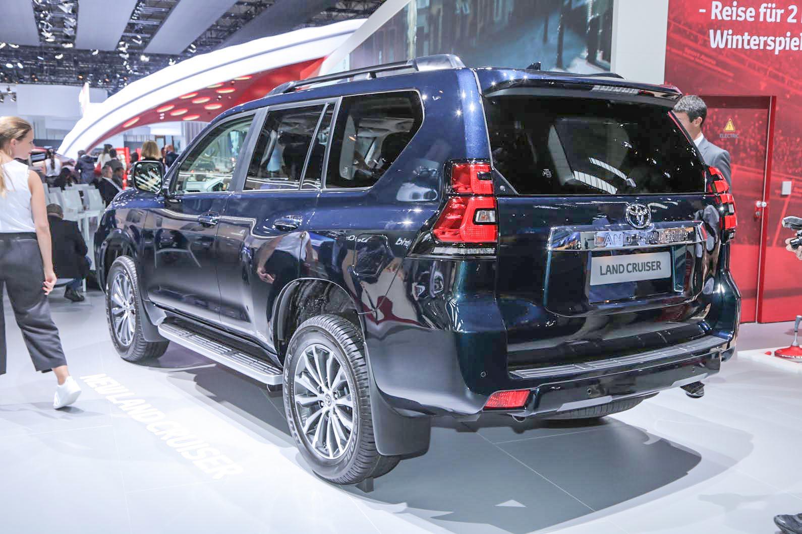 Kekurangan Toyota Land Cruiser V8 2018 Spesifikasi