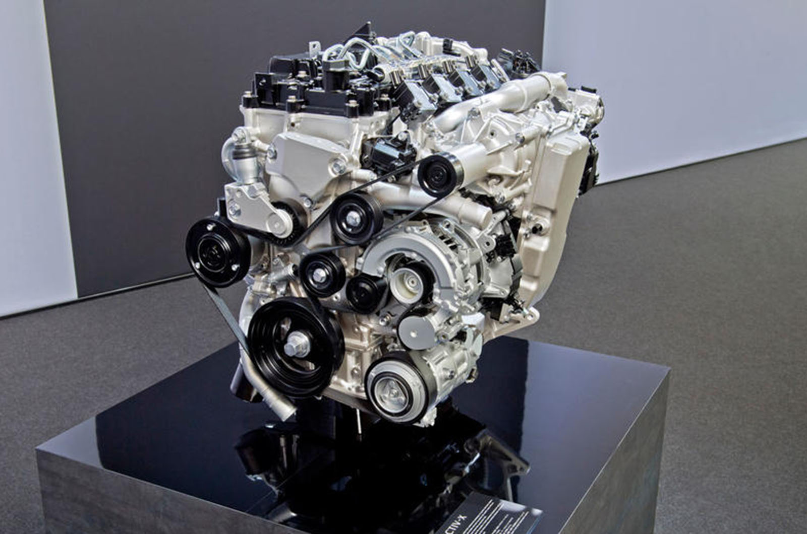engine best mazdas award release mazda skyactiv cx turbocharged wards turbo press engines g s wins