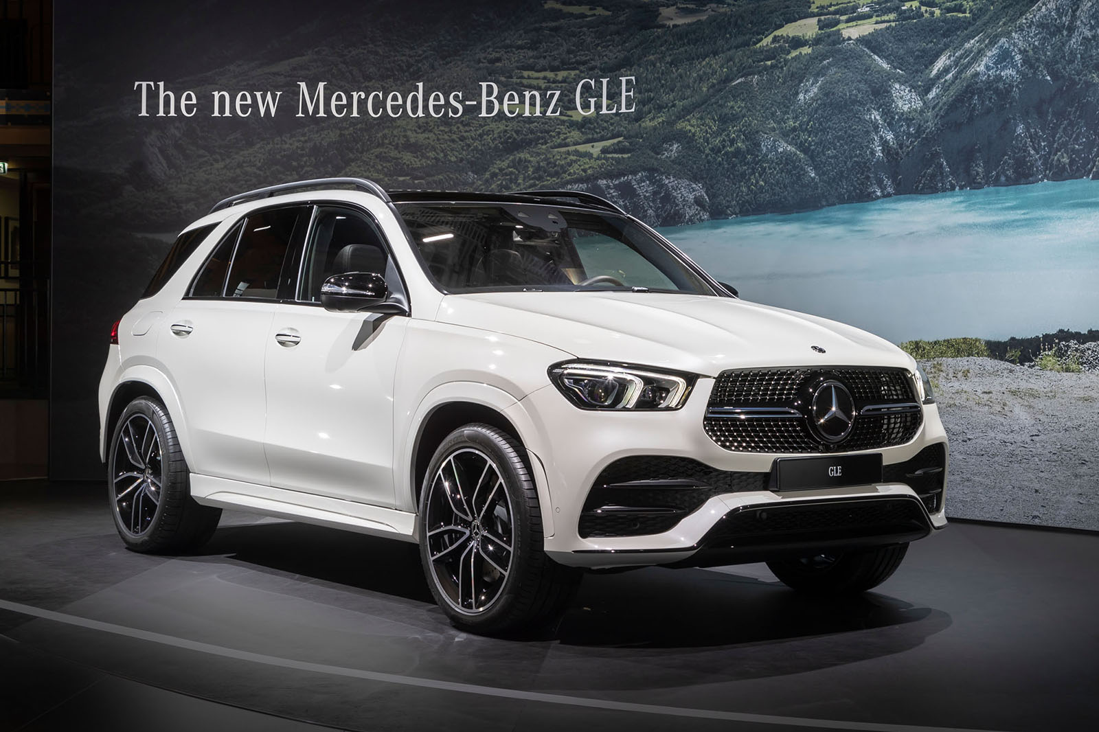 New Mercedes Gle 2019 Suv On Sale Now From 55 685 Autocar