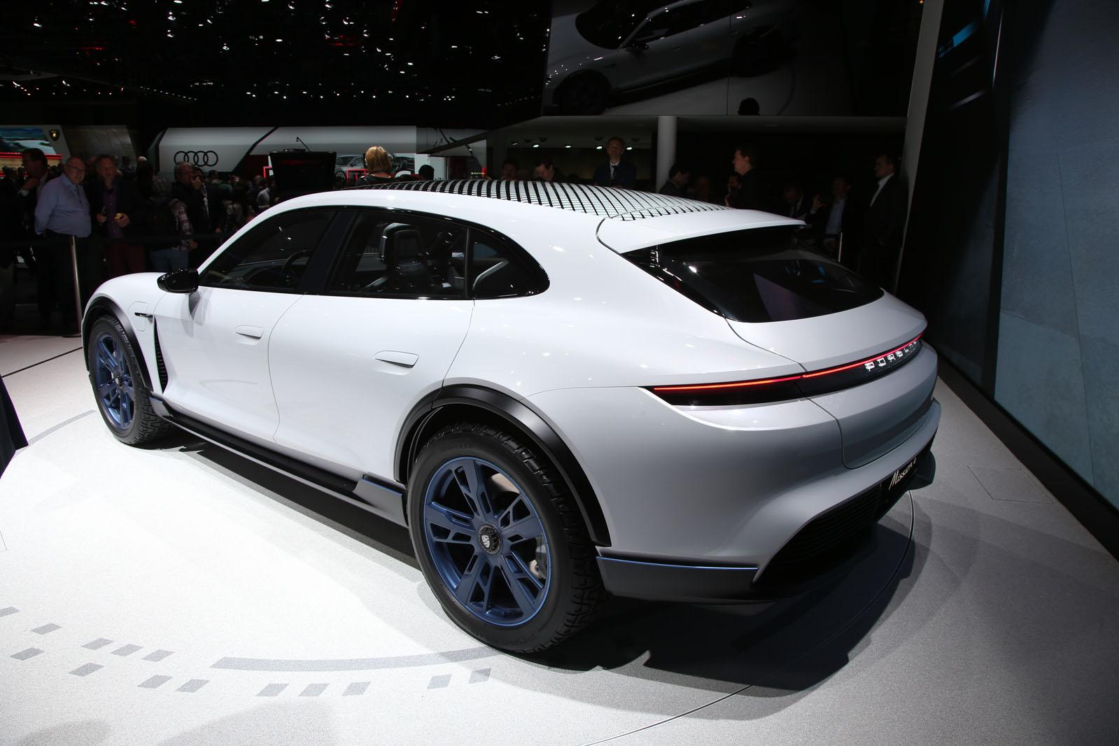 Porsche Mission E Cross Turismo Previews 2021 Production