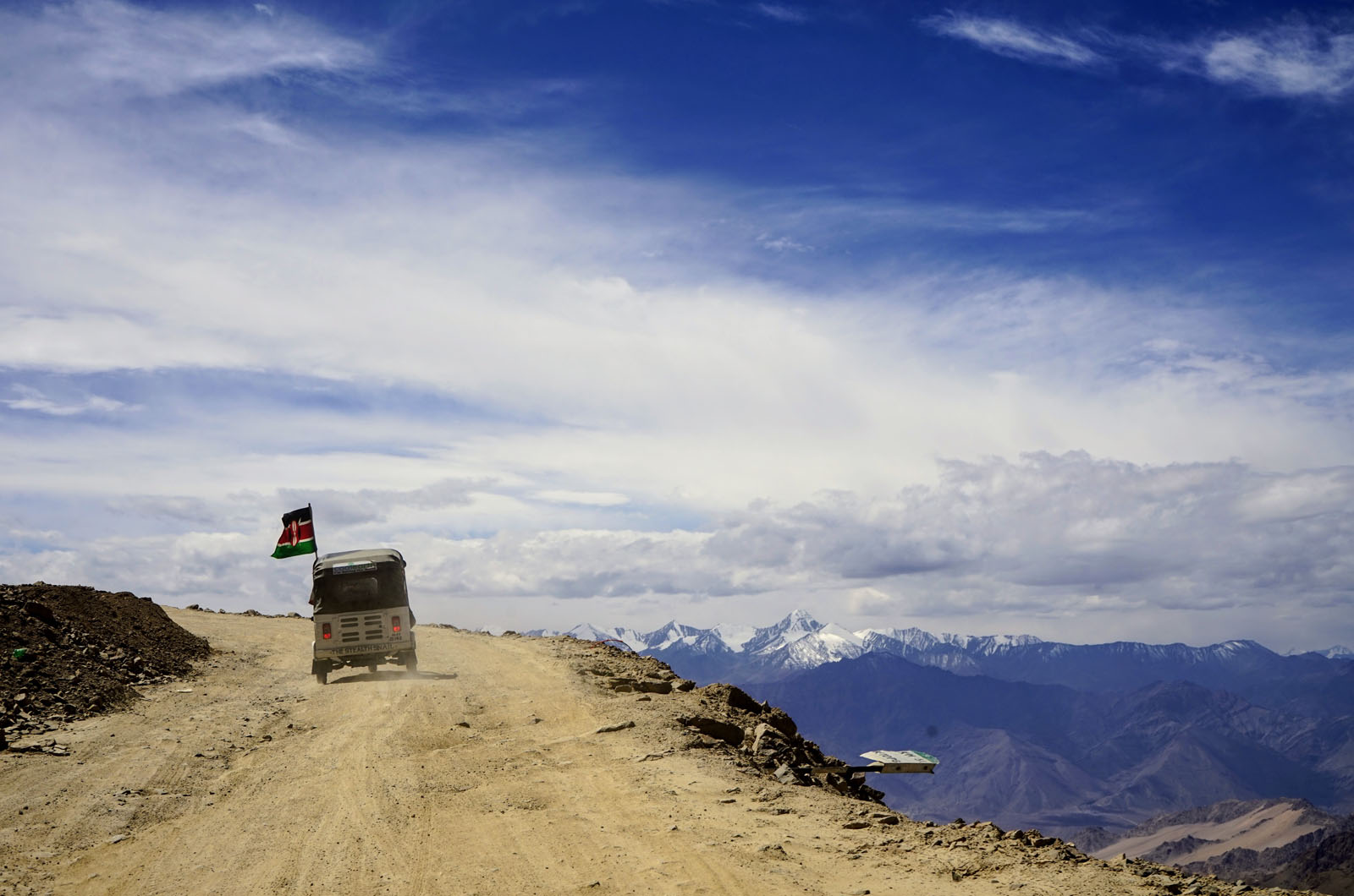 A guide to driving a rickshaw across The Himalayas