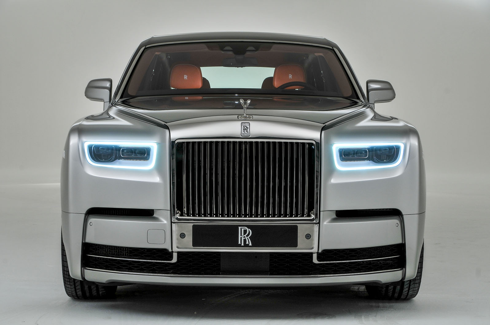 2018 rolls royce phantom viii revealed as flagship model autocar. Black Bedroom Furniture Sets. Home Design Ideas