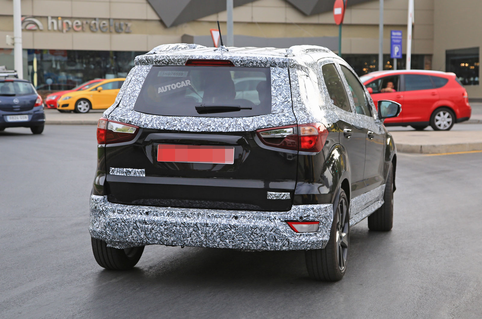 2017 ford ecosport spotted testing in st line form ahead. Black Bedroom Furniture Sets. Home Design Ideas