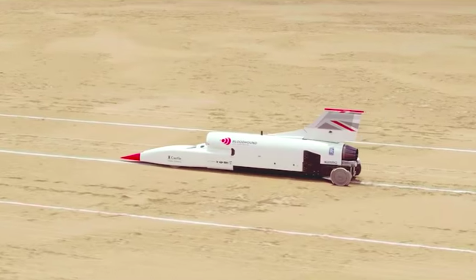 Bloodhound land speed record car tops 500mph