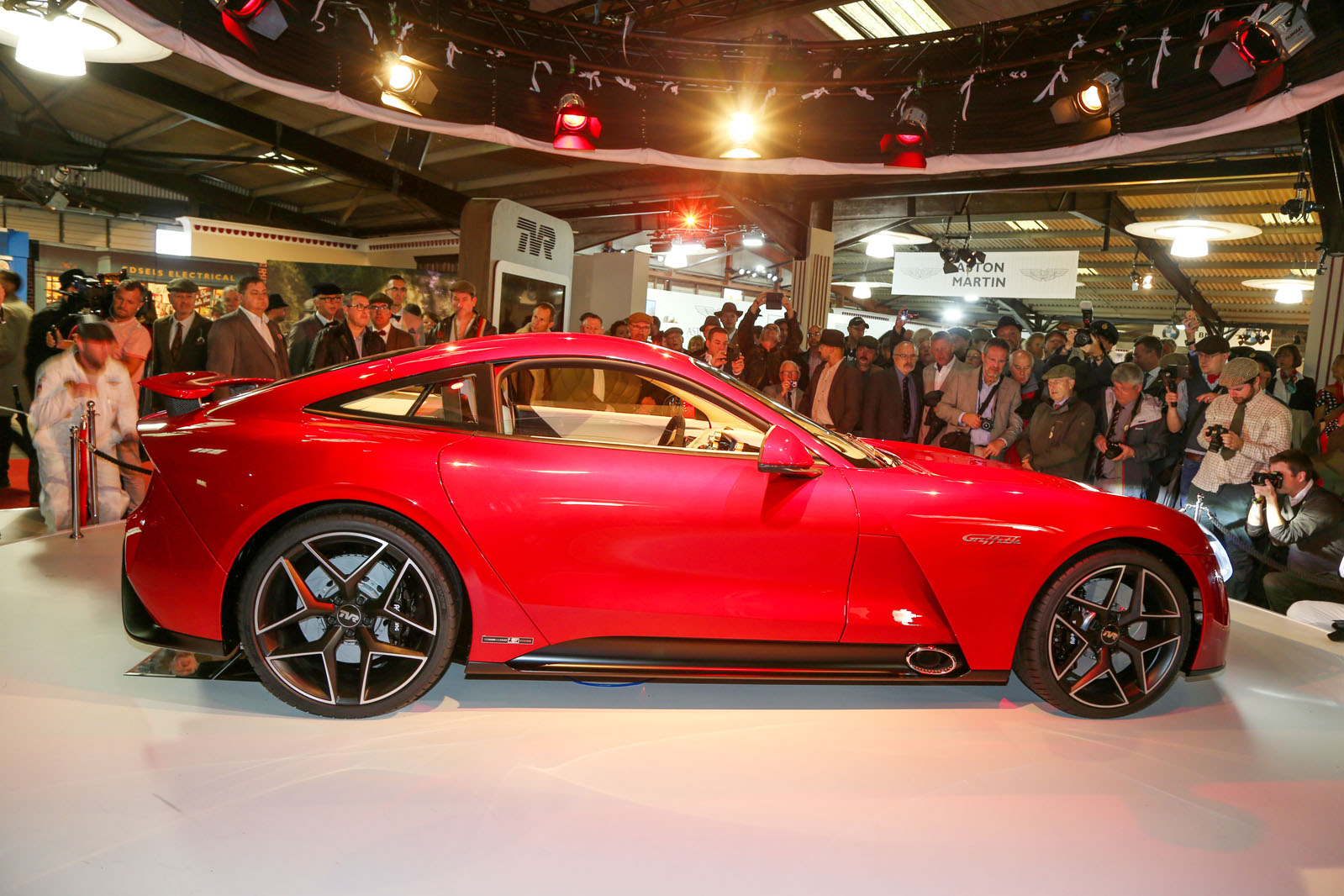 500bhp Tvr Griffith To Be Displayed At London Motor Show Autocar Remote Starter Its Striking Design Takes Inspiration From The Original And Tuscan But Adopts More Advanced Aerodynamics Boost Performance