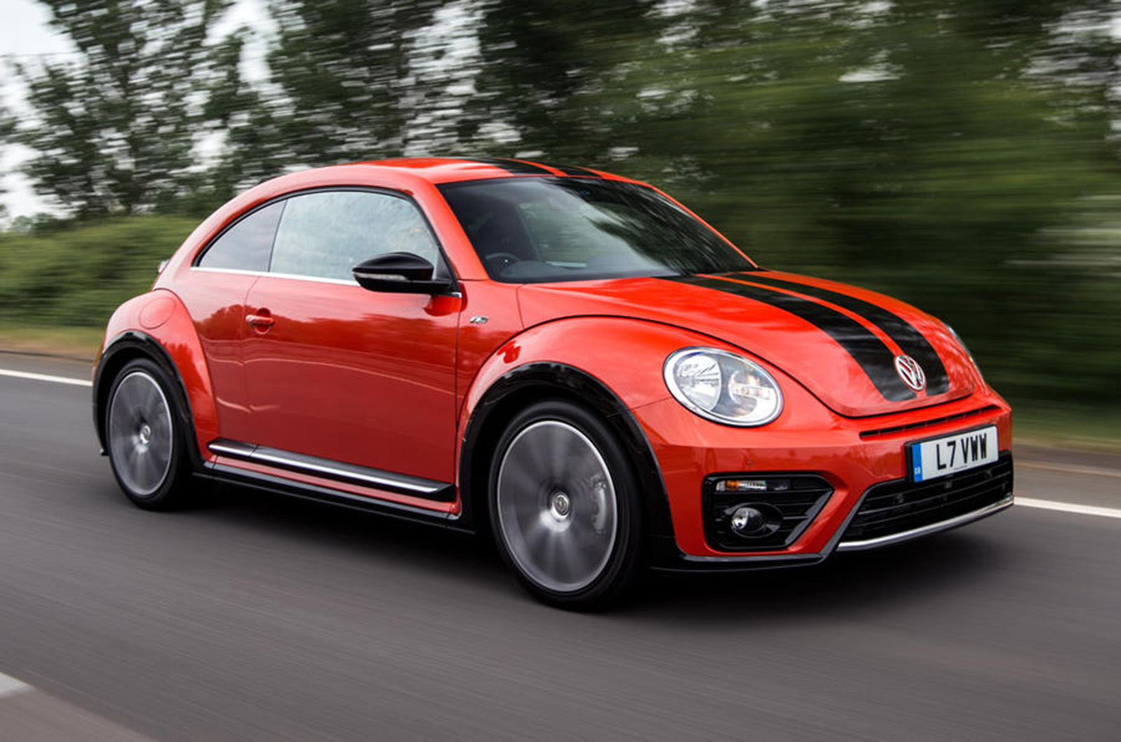 Volkswagen Beetle set to go electric and rear-wheel drive ...