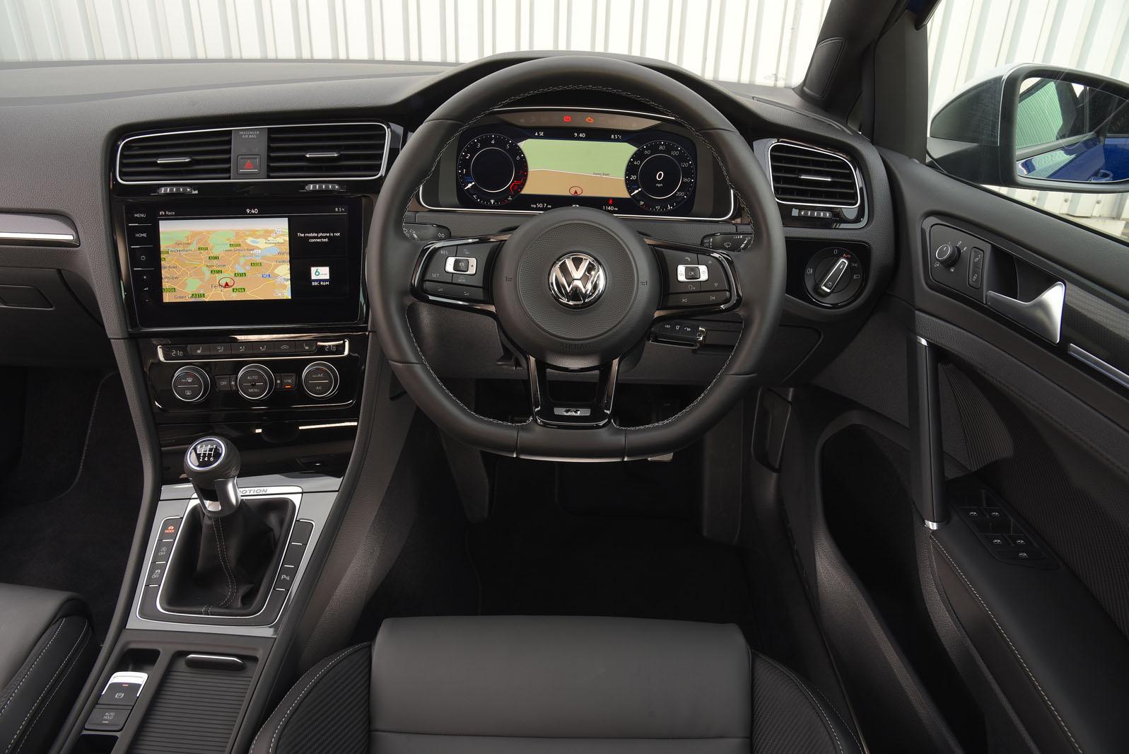 New Volkswagen Golf R 2017 review   Autocar