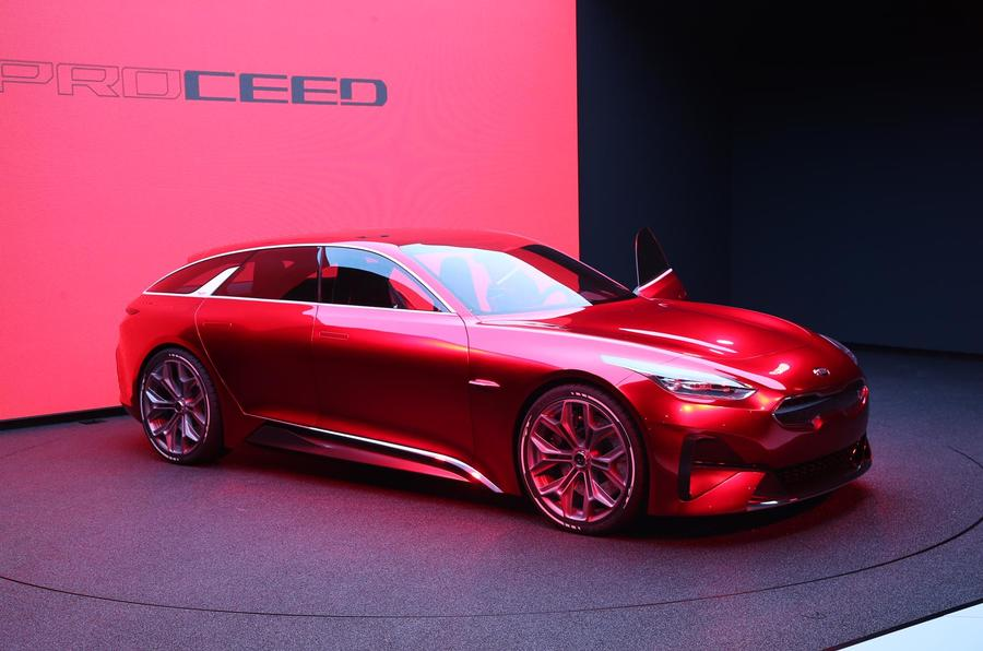 kia ceed gt hot hatch due next year with i30n 39 agility and playfulness 39 autocar. Black Bedroom Furniture Sets. Home Design Ideas