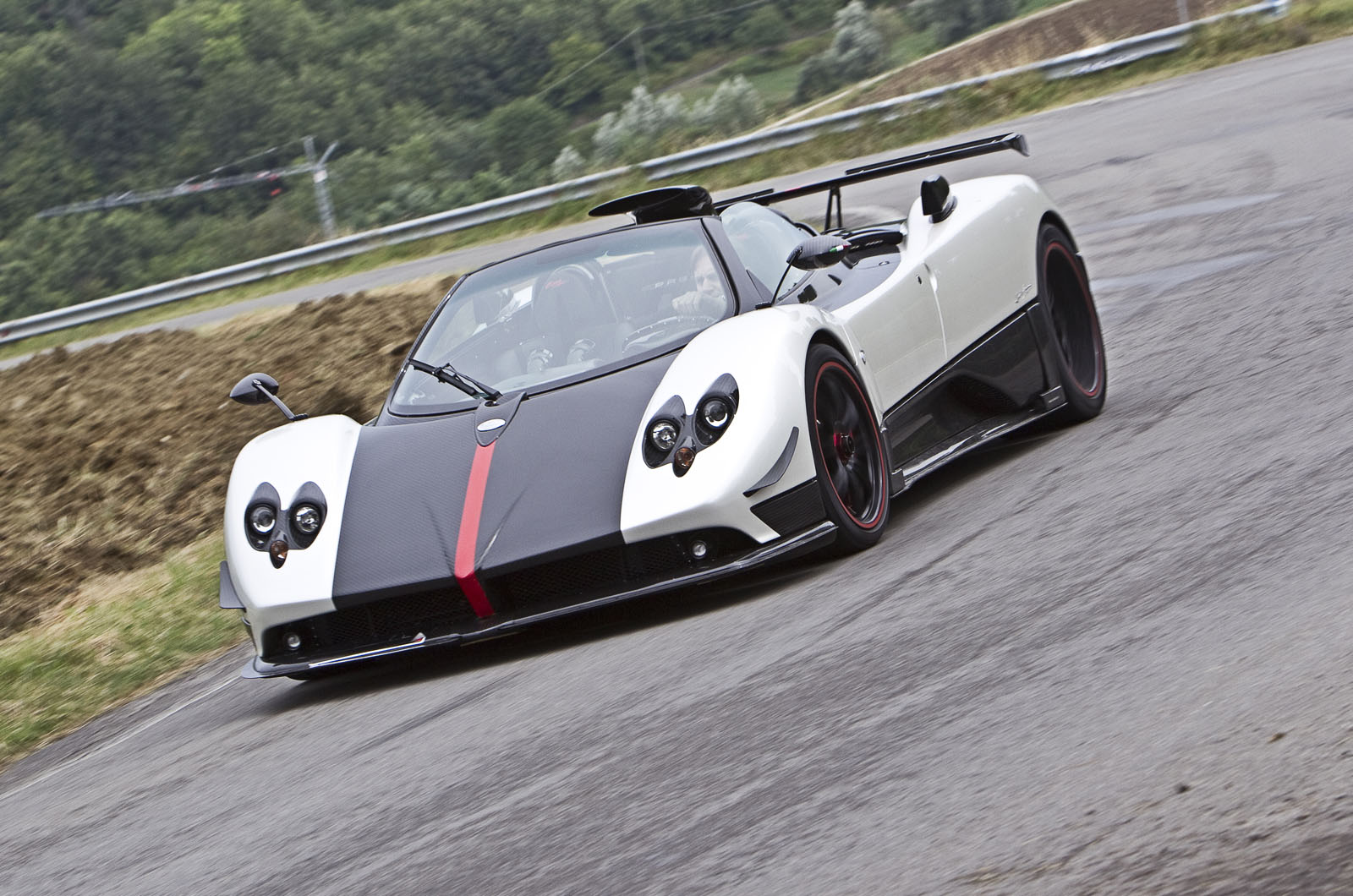 Pagani Ceo We Will Build V12 Hypercars Until 2026 Autocar