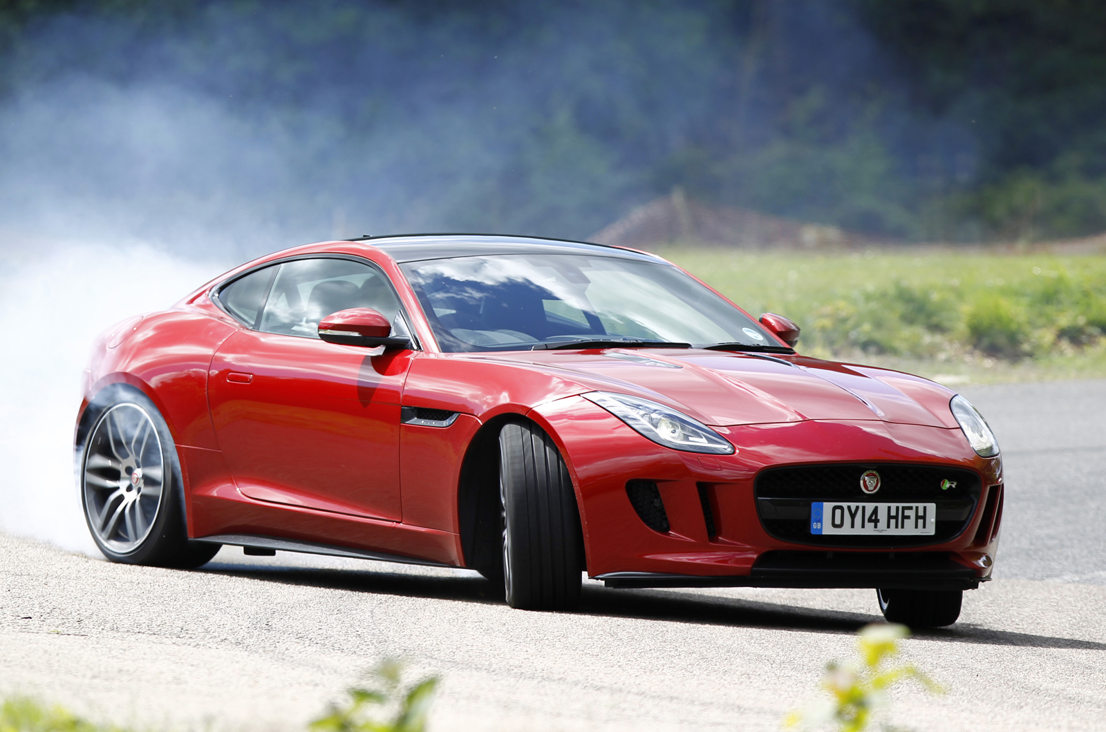 jaguar f type r coupe review autocar. Black Bedroom Furniture Sets. Home Design Ideas