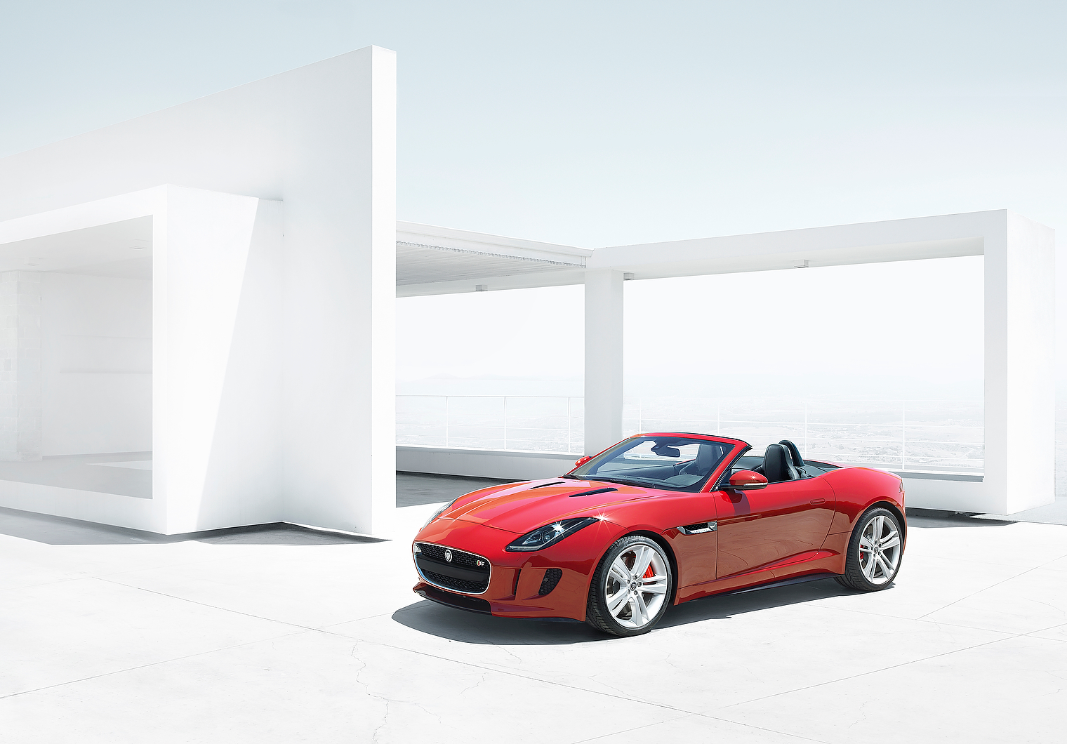 http://images.cdn.autocar.co.uk/sites/autocar.co.uk/files/jaguar-f-type1.jpg