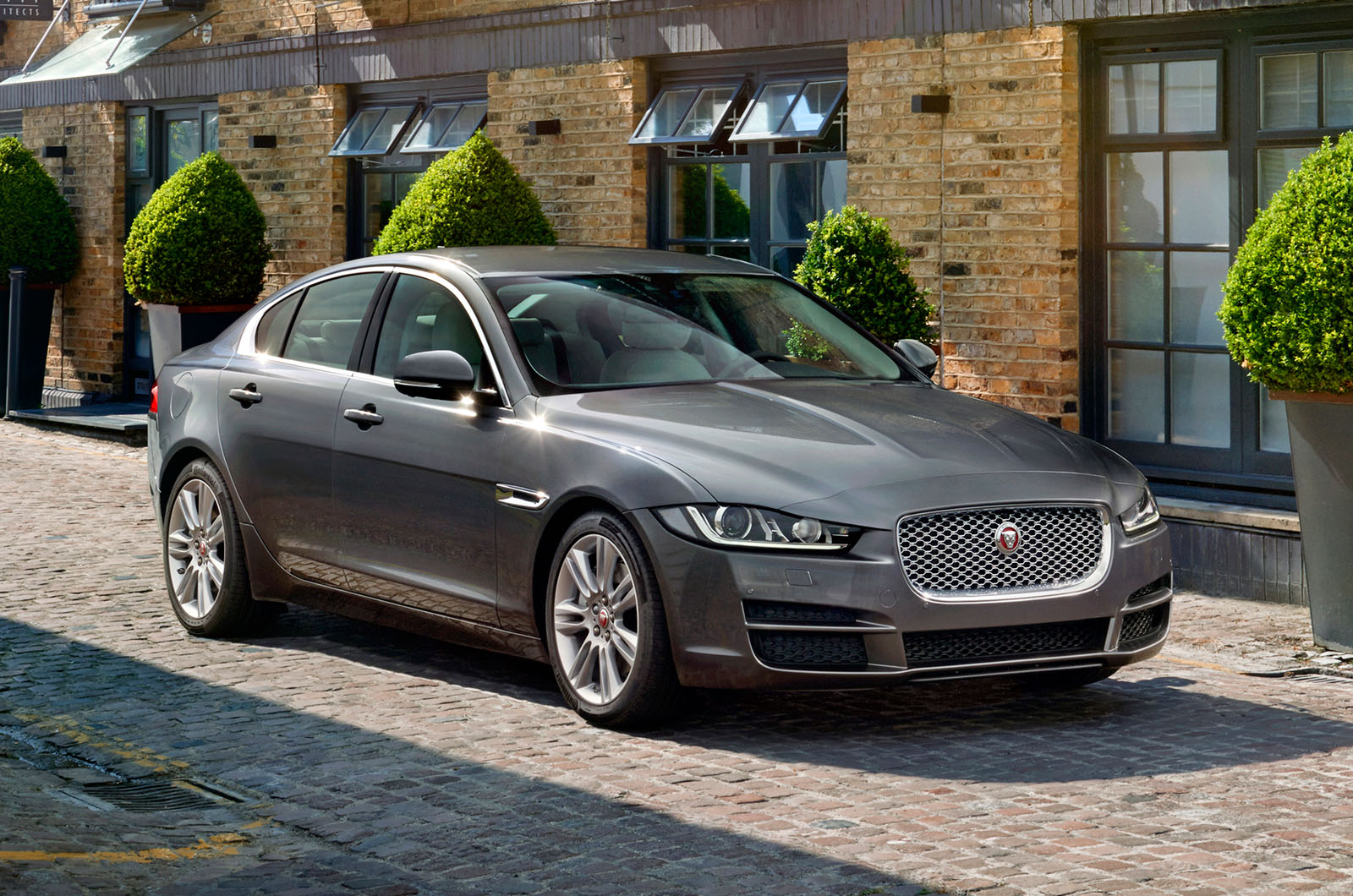 2015 Jaguar XE - pricing, spec, review, gallery and video