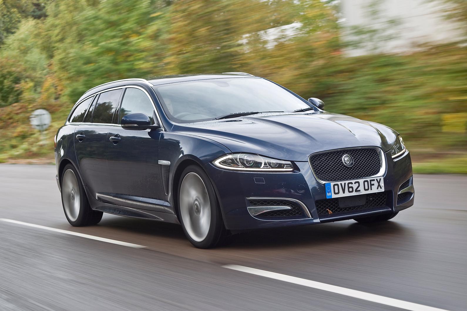 pin jaguar xf xe verbrauchs f und silber type seitlich emissionswerte