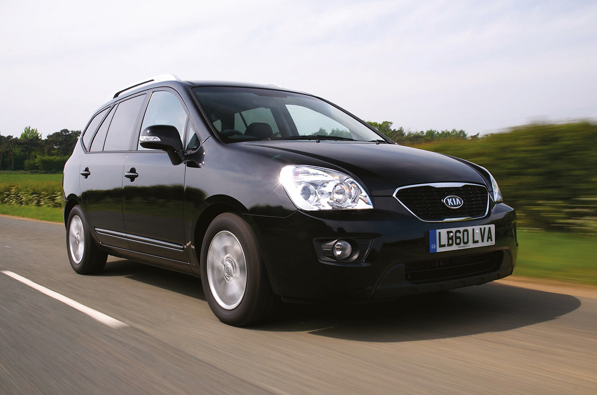 kia carens 2006 2011 review autocar. Black Bedroom Furniture Sets. Home Design Ideas