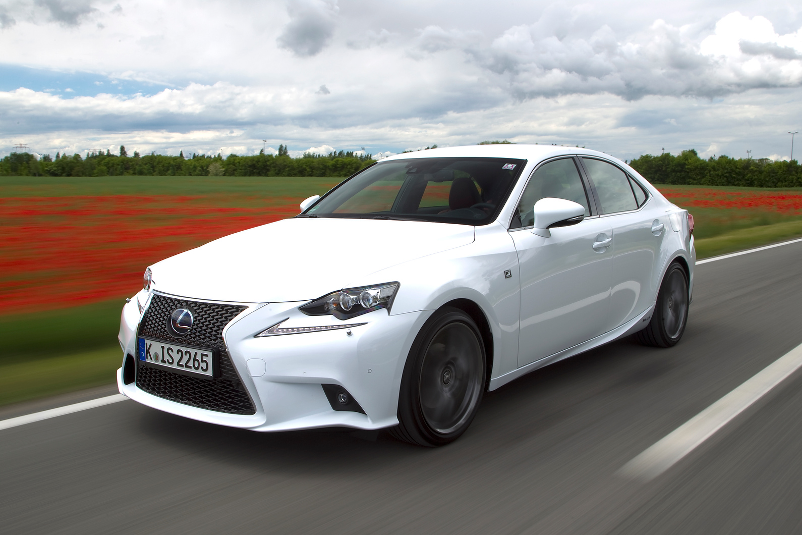 lexus is300h f sport hybrid first drive. Black Bedroom Furniture Sets. Home Design Ideas