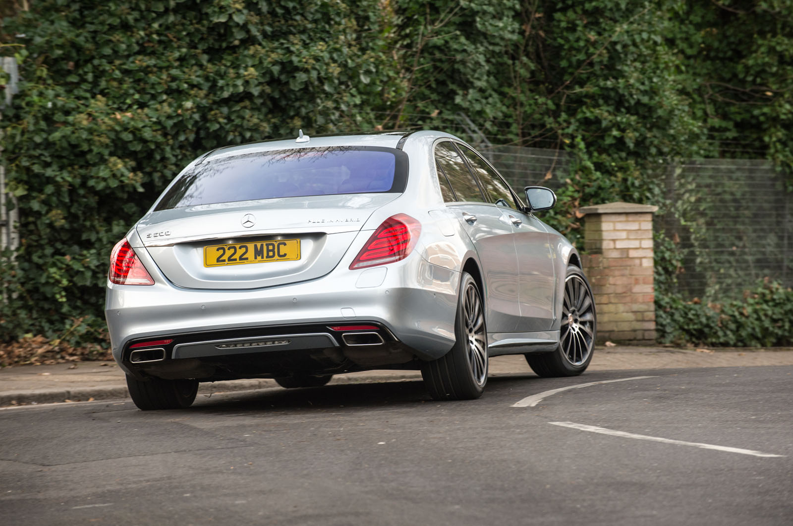 2015 Mercedes-Benz S500 Plug-in Hybrid review | AUTO REVIEWS