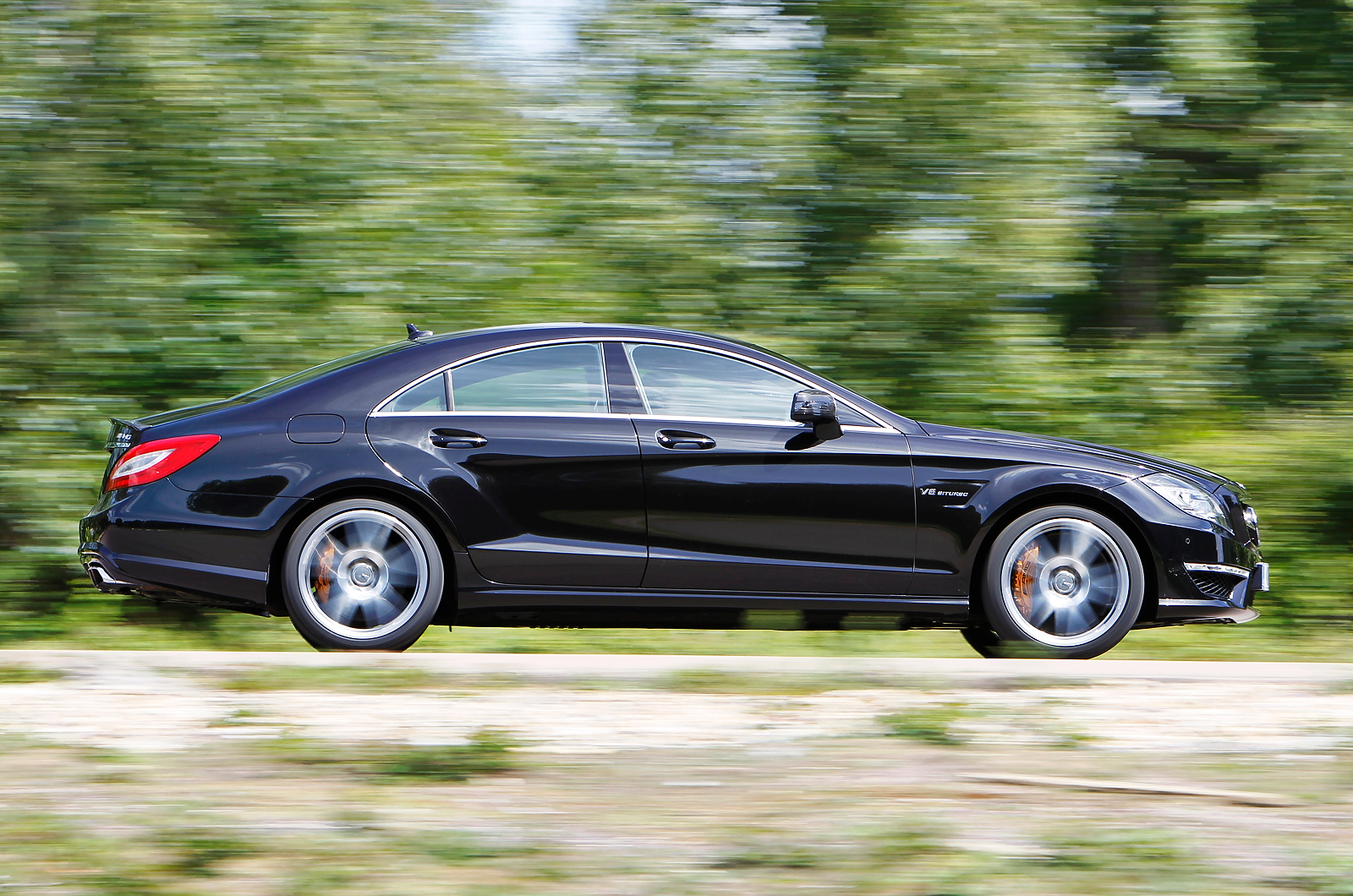Mercedes benz cls63 amg review autocar for Mercedes benz cls63 amg price