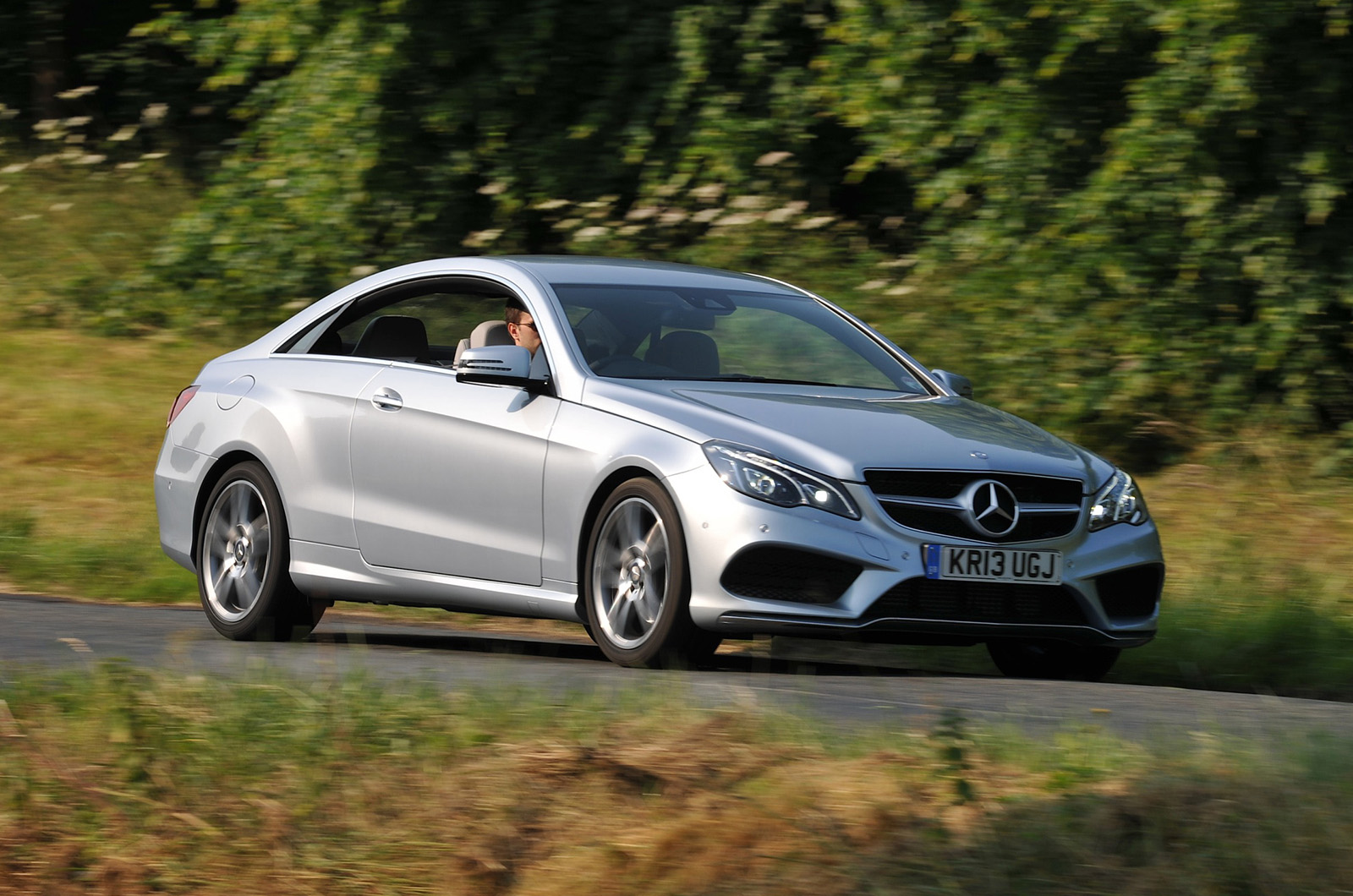 mercedes e220 cdi amg sport coupe first drive. Black Bedroom Furniture Sets. Home Design Ideas