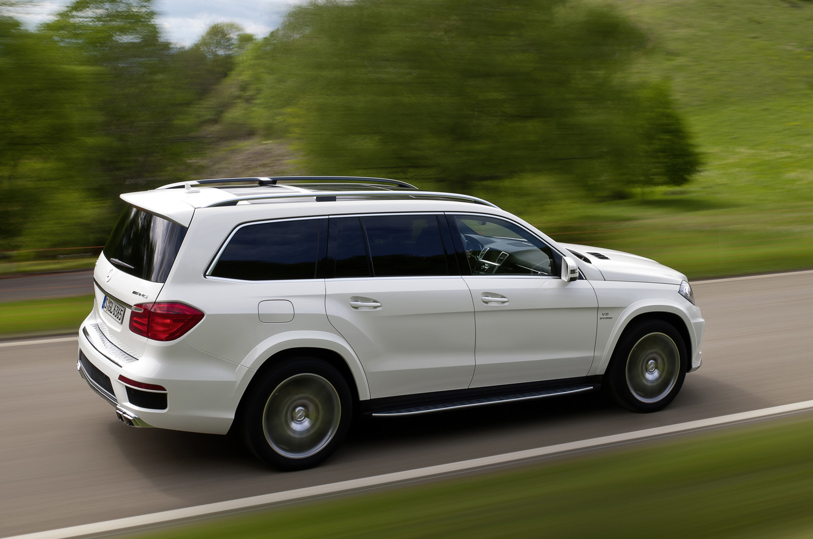 Mercedes benz gl63 amg first drive review for Mercedes benz gl63 amg