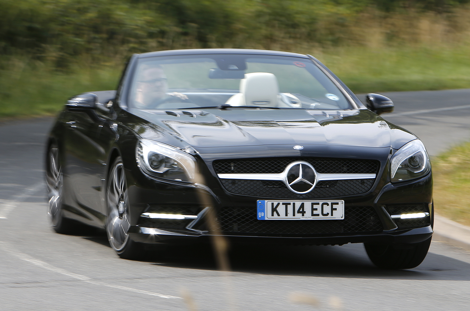 Mercedes benz sl400 review 2017 2018 best cars reviews for Mercedes benz sl400 price