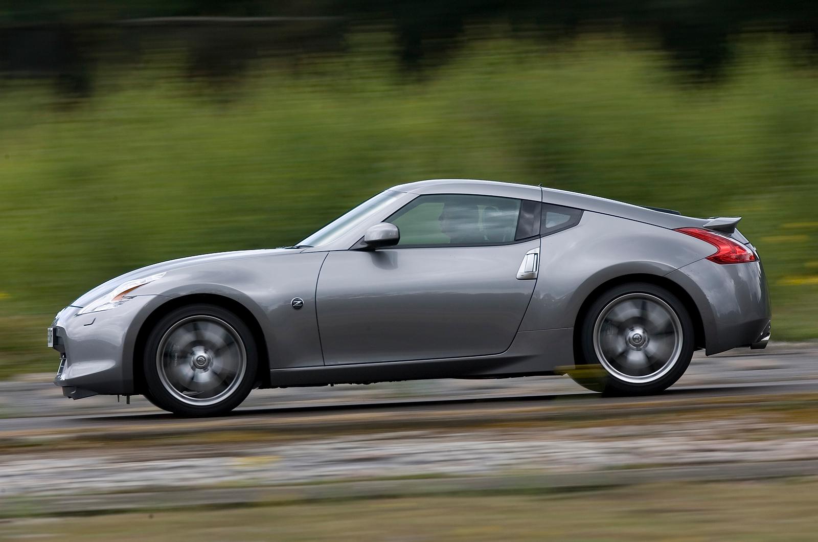 car review nissan 370z nismo driven road test bbc top. Black Bedroom Furniture Sets. Home Design Ideas