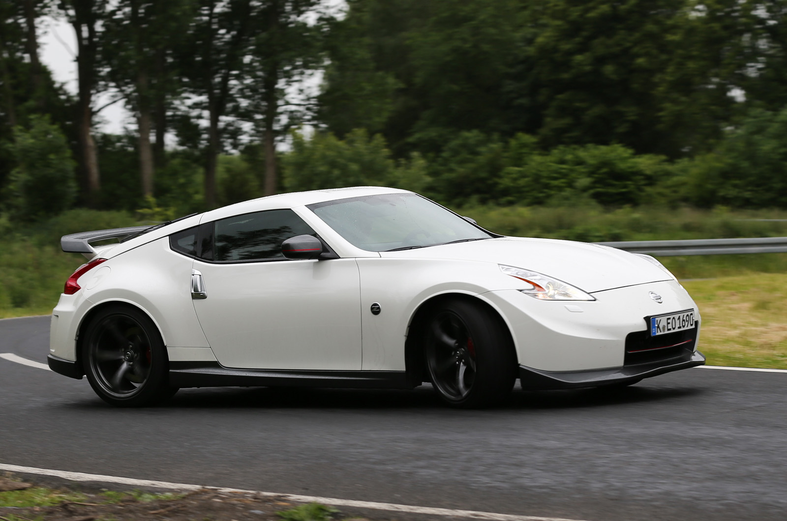 2013 nissan 370z nismo first drive vanachro Image collections