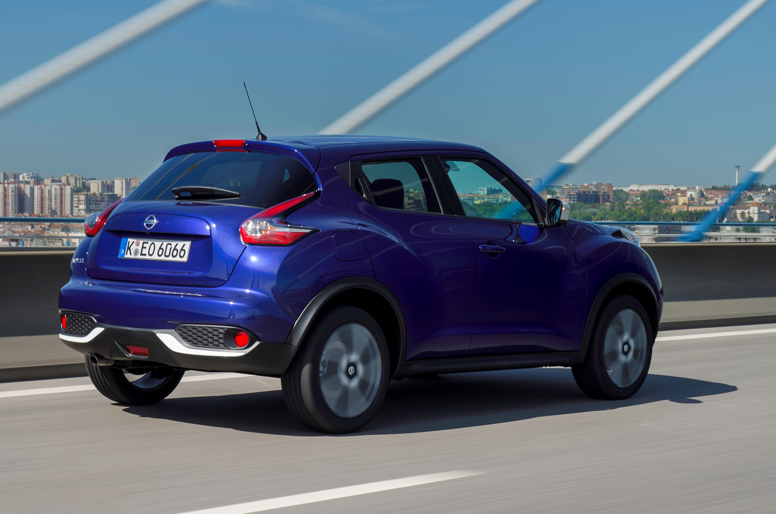 nissan juke 1 2 dig t 115 acenta premium first drive. Black Bedroom Furniture Sets. Home Design Ideas