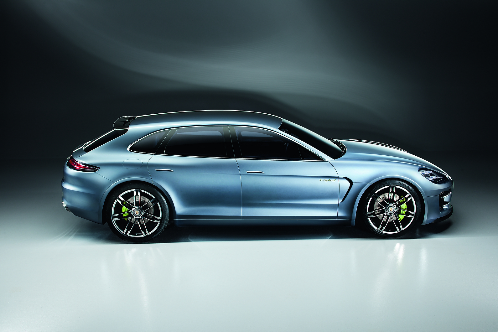 http://images.cdn.autocar.co.uk/sites/autocar.co.uk/files/porsche-sport-turismo-8.jpg