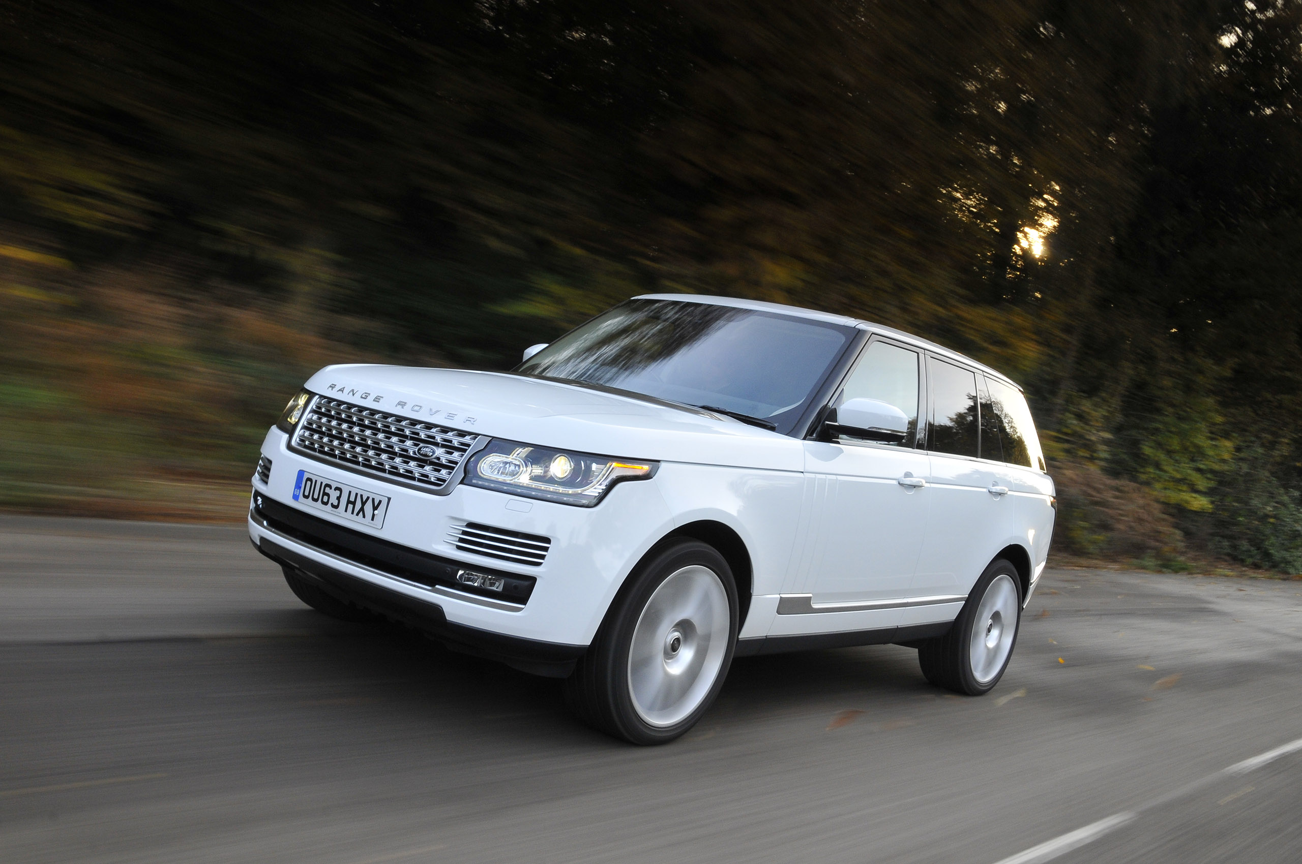 land landrover rover hse discovery sport crossover reviews news testdrives test drive luxury