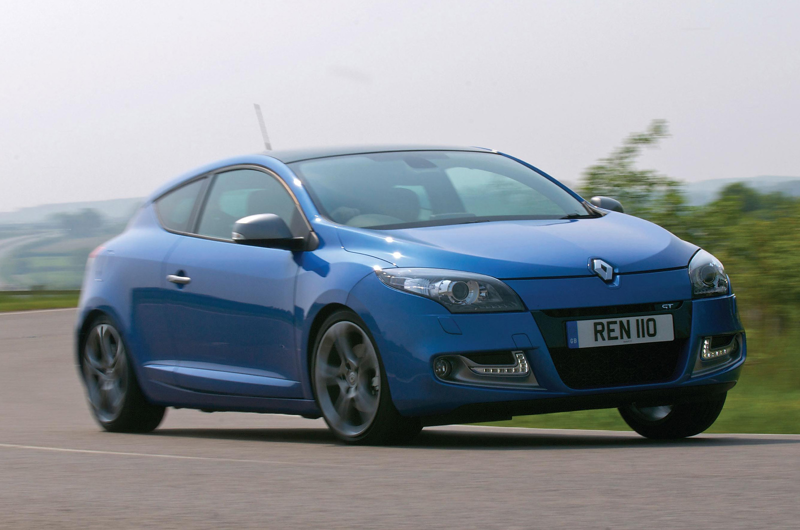 first drive review renault megane 1 5 dci 110 gt line. Black Bedroom Furniture Sets. Home Design Ideas