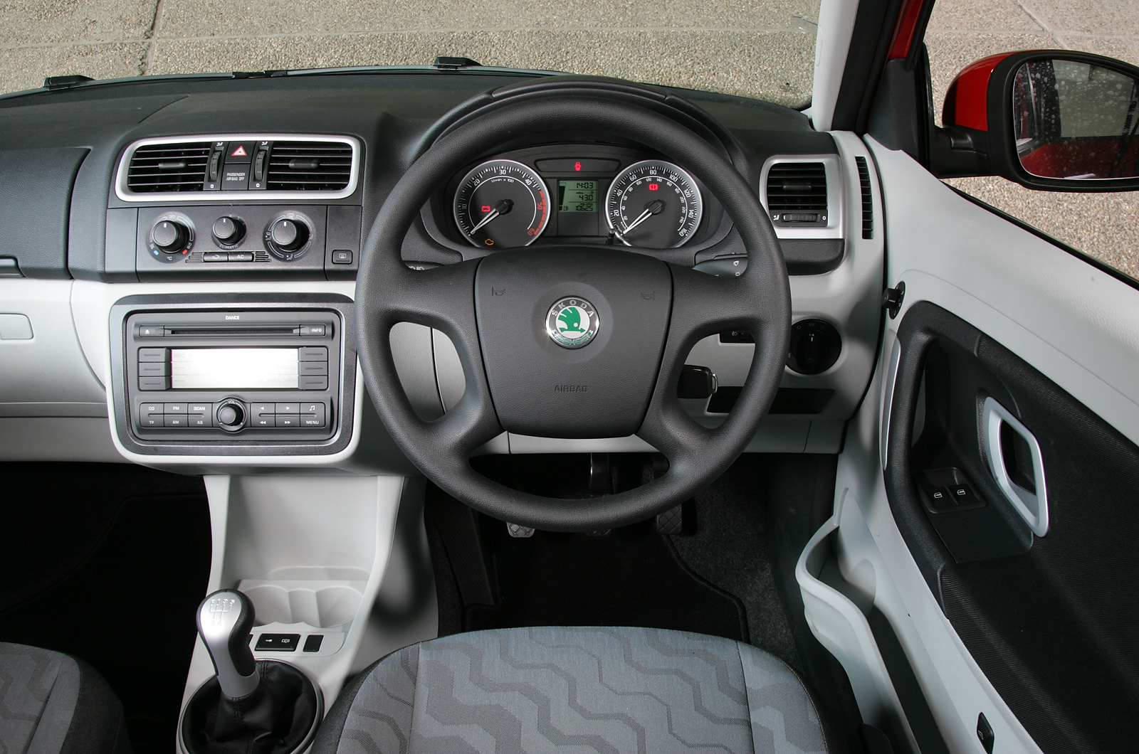 Skoda Fabia 2007 2014 Interior Autocar
