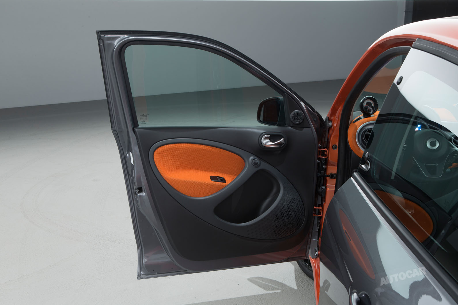 2014 - [Smart] Forfour [W453] - Page 12 Smart-fortwo-forfour-z-t84o07