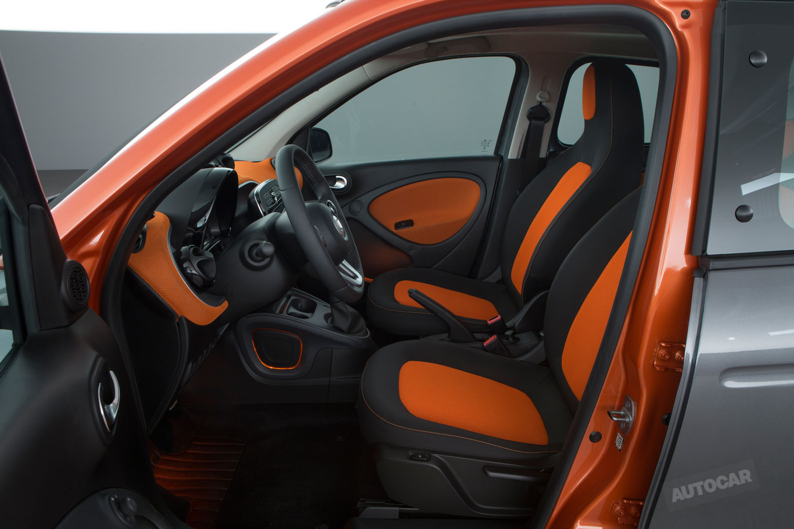 2014 - [Smart] Forfour [W453] - Page 12 Smart-fortwo-forfour-z-t84o08