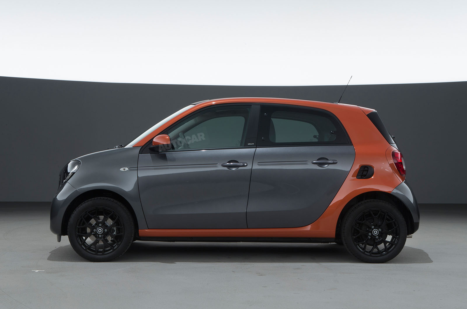 2014 - [Smart] Forfour [W453] - Page 12 Smart-fortwo-forfour-z-t84o28