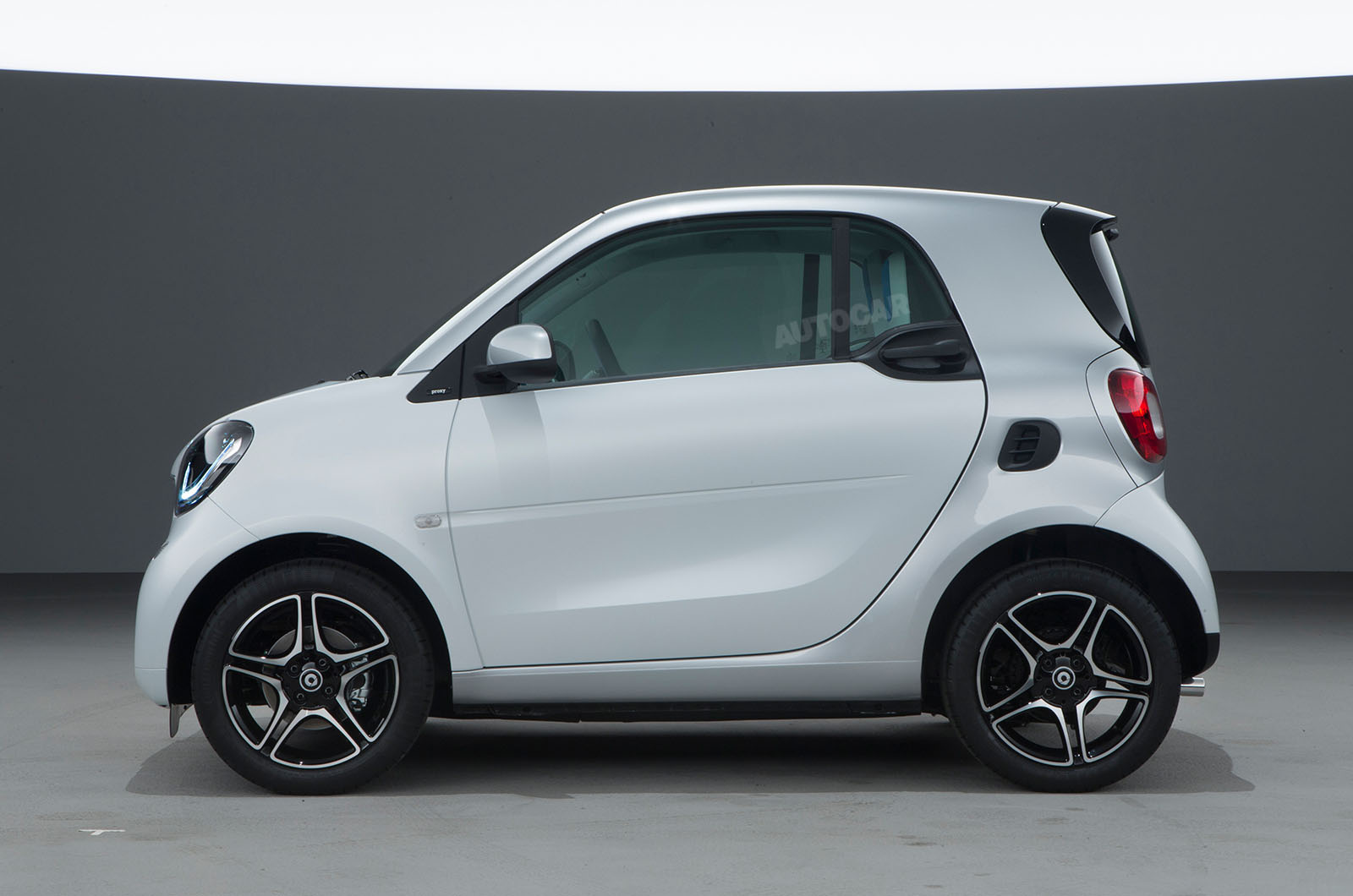 2014 - [Smart] ForTwo III [C453] - Page 18 Smart-fortwo-forfour-z-t84o68