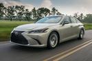 Lexus ES 300h 2018 review hero front
