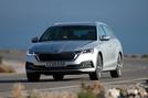 Skoda Octavia estate 2020 UK first drive review - cornering front