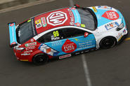 Plato wins twice for MG at Silverstone